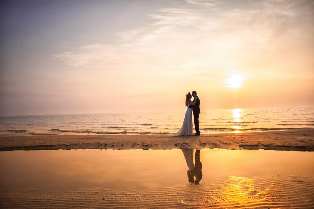 Trouwen op het strand; dit zijn de mooiste trouwlocaties