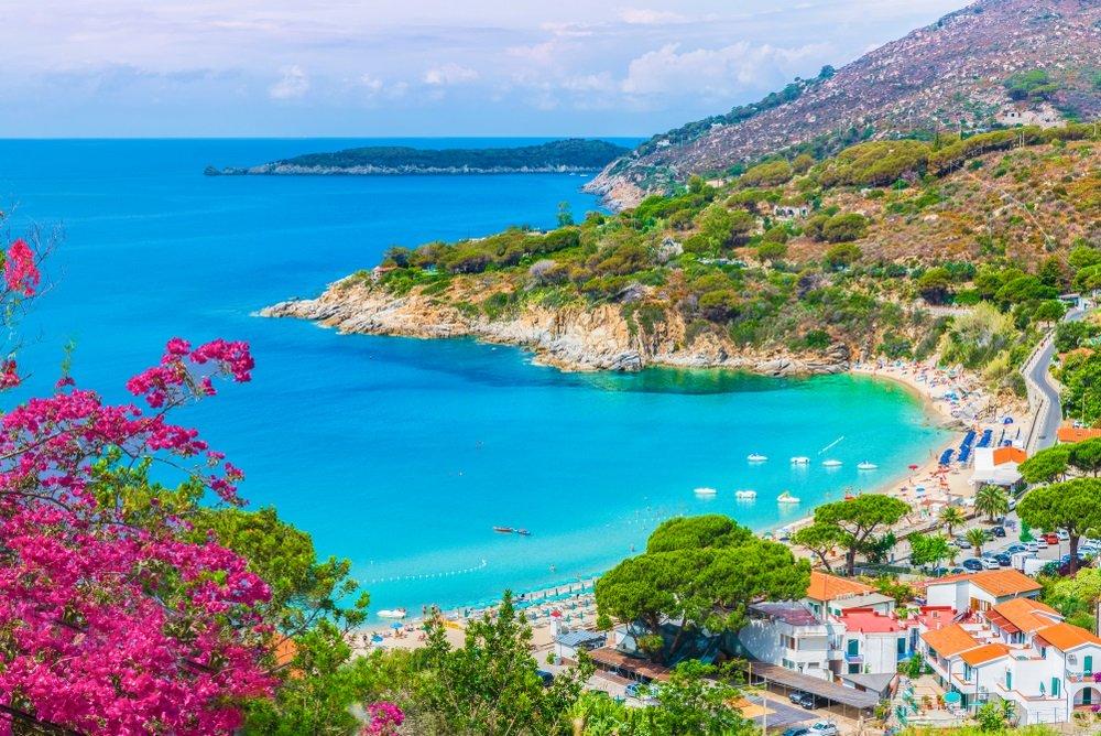 cavoli beach toscane